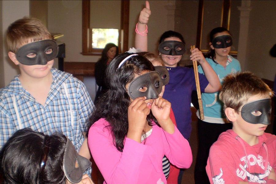 Primary school theatre workshops with Corinna Di Niro, Stage Secrets